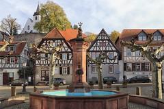 Zwingenberg Marktplatz (wernerfunk) Tags: hessen architektur fachwerk brunnen village dorf