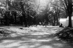 Ueno Hill 1 (Dinasty_Oomae) Tags: aires35iiia aires35 aires アイレス35iiia アイレス35 アイレス 東京都 東京 tokyo 台東区 taitoku 上野 ueno 白黒写真 白黒 monochrome blackandwhite blackwhite bw outdoor