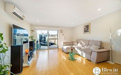33/8 Ken Tribe Street, Coombs ACT
