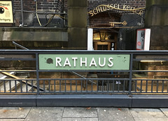 Hamburg Rathaus U-bahn station entrance name plate (mikeyashworth) Tags: rathaus hamburg germany ubahnstation sign metrosign stationentrance stationsign railwaysign sanserif mikeashworthcollection december2016