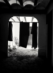 se abre el telón (*BegoñaCL) Tags: filming shortfilm cortometraje oldhouse abandoned old chair ghosts begoñacl bg~ horrorfilm