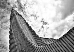 Hallgrímskirkja (heinrich_511) Tags: processing contrast structure snapseed bnw blackandwhite 24mm nikond750 capital evangelischlutherischeisländischestaatskirche iceland hallgrímskirkja