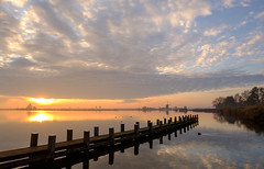 A beautiful Sunday morning :) (www.mroosfotografie.nl) Tags: a beautiful sunday morning nice clouds bit fog light landscape licht landschap holland fujifilm xh1 16 55 f28 reflection sun s peaceful view