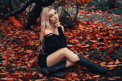 LAVA (Andreas-Joachim Lins Photography) Tags: andreasjoachimlins autumn berggarten cute dcg9 fashion female frau girl glamour hannover herbst loba microfourthirds outdoor portrait pretty sexy woman young