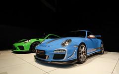 Porsche 997 GT3 RS 4.0. (Tom Daem) Tags: porsche 997 gt3 rs 40 70 years jaar autoworld brussels