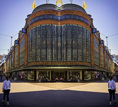 Shopping (beelzebub2011) Tags: netherlands holland thehague denhaag mirrorimage