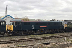 86101, Eastleigh, November 20th 2019 (Southsea_Matt) Tags: 86101 86201 e3191 al6 englishelectric class86 eastleigh hampshire england unitedkingdom november 2019 autumn train railway railroad electriclocomotive transport vehicle serco caledoniansleeper