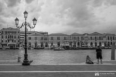 190703 Venise (clamato39) Tags: olympus venise italie italy europe voyage trip eau water canal ciel sky clouds nuages urban urbain city ville blackandwhite bw monochrome noiretblanc