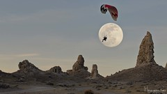 Fly me to the Moon... (magnetic_red) Tags: fullmoon paraglider hangglider adventure landscape rockformations tronapinnacles sky