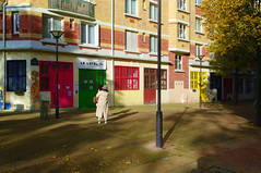 Le local 14 (Edgard.V) Tags: paris parigi rue street rua urban urbano architecture arquitectura architectura couleurs cores colors colori lumière light muz luce