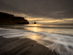 Talisker Bay (Michael Long Landscaper) Tags: scottishhighlands scotland scottish scenic beach britain isleofskye landscape canoneosr canon1635mm canonuk visitscotland bay water sunset taliskerbay travel waves longexposure