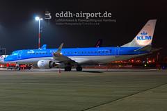KLM Cityhopper, PH-EZM (timo.soyke) Tags: turkish turkishairlines fedex condor netjets airhamburg finnair britishairways klm klmcityhopper emirates lufthansa eurowings airbus boeing cessna atr embraer a330 a330300 atr42 atr42f b757 b757300 cessna680 emb135 a319 emb190 a380 a320 tcjoe eifxb dabol cslte dairz ohlvc geupb phezm a6eue daibg daewv