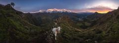 Valle de Camaleño (Pablo RG) Tags: mountains montañas amanecer sunrise liebana camaleño nature naturaleza cabras cantabria spain españa