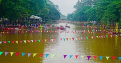 Festival Day - Siem Reap (aykutgebes) Tags: cambodia river siemreap color travel