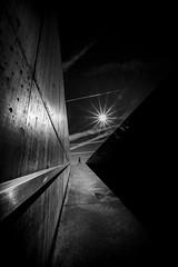 Foz Côa, Portugal (Hendrik Lohmann) Tags: streetphotography street strassenfotografie nikon nikonz6 nikonphotographer nikoneurope monochrome menschen minimalism blackandwhite bnw bw bwstreet urban urbanphotography urbanart urbanlife wideangle portugal