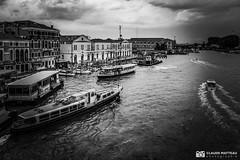 190703-042 Venise (clamato39) Tags: olympus venise italie italy europe voyage trip ville city urban urbain canal eau water ciel sky clouds nuages noiretblanc monochrome bw blackandwhite