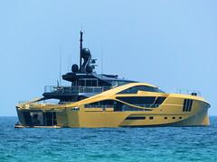 P1850529 -  KHALILAH Yacht (alainazer) Tags: ramatuelle sainttropez var provence france eau acqua water mer mare sea ciel cielo sky bateau boat yacht khalilah