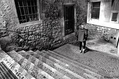 Escales - BW (rossendgricasas) Tags: escala steps bw monochrome girona catalonia photo photoshop nikon night