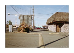 (Daiku_San) Tags: film ishootfilm 35mmfilm colorfilm rangefindercamera usetheforce expiredfilm leicam2 canonltm352 ferraniasolaris200 epsonv750mpro