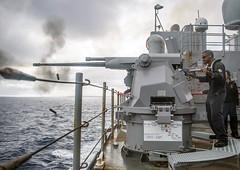 "U.S. Sailors aboard the USS Harpers Ferry fire a Mark 38 25 mm machine gun during a live-fire exercise (#PACOM) Tags: usnavy unitedstatesnavy ussharpersferry forgedbythesea sailors lsd49 amphibiousdocklandingship lsd harpersferryclass underway ussboxeramphibiousreadygroup arg us3rdfleet deployment tigercruise livefireexercise usindopacificcommand ""usindopacompacific ocean"