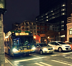 Bus and cars at night - METRO route 212 (Seattle Department of Transportation) Tags: seattle sdot transportation bus 212 route night metro transit