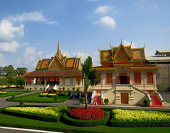 Royal Palace, Phnom Penh, capital city of Cambodia, March 2018 (Judith B. Gandy (on and off, off and on)) Tags: phnompenh royalpalace siemreap architecture buildings cambodia cities urban