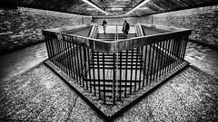 Direction métro (Photos soumises à la SPPQ) Tags: azymut transport techniquesphoto concours exposition grandangle métro