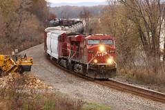 CP 8737, SB, DAKOTA, MN, 11-3-19 (TRAINFLAMES) Tags: minnesota dakota mississippiriver train freighttrain ac4400 es44ac ge cp canadianpacific