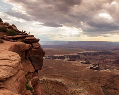 Canyonlands National Park   |   On the Edge at Grand View Point (JB_1984) Tags: canyon view vista sky clouds mood overlook viewpoint geologicalformation nationalpark grandviewpoint islandintheskydistrict canyonlandsnationalpark canyonlands moab utah ut unitedstates usa nikon d500 nikond500