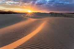 Dunas de Cumbuco (Pablo.Barros) Tags: ceara brazil brasil cumbuco dunas dunes sand areia landscape paisagem travel sunset pordosol sun sol sunlight curvas curves