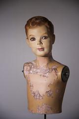 I'm a boy / Comme un garçon (Jacques Lebleu) Tags: mannequin studio flash éclairage vintage garçon