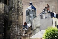 Tour de l'Horloge, Tours, Indre-et-Loire, France (claude lina) Tags: claudelina france indreetloire tours architecture tour tower tourdelhorlogetours