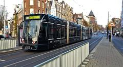 De jacht op de 2105 (Peter ( phonepics only) Eijkman) Tags: amsterdam city combino colorbino gvb tram transport trams tramtracks trolley rail rails strassenbahn streetcars nederland netherlands nederlandse noordholland holland
