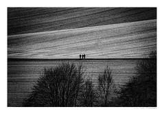 Rural Area (Der Zeit die Augenblicke stehlen) Tags: hth rural area sw bw monochrome flächen felder menschen ländlich