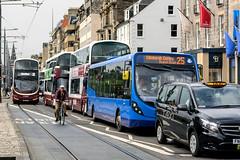 Heavy traffic (Lense23) Tags: crazytuesday hct edinburgh scotland schottland transport cityscape