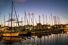 Yachthafen in Palermo (uwe20) Tags: italien sizilien palermo yachthafen boot wasser blau sonnenuntergang