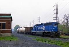 Surprise Guest (Erie Limited) Tags: conrail lehighline boundbrooknj emd sd452 cr6658 ma1 local train railfan railroad
