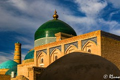 KHIVA (RLuna (Instagram @rluna1982)) Tags: uzbekistan rutadelaseda samarcanda samarkanda viaje asia vacaciones travel canon photo mezquita musulman muslim ramadan khiva jiva tamerlan rluna rluna1982 minarete madrasa mosque turismo siab bazar afrosiab zoco