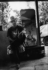 le gitans. (alain boucheret) Tags: romanistan gitans gypsy ville village discrimination enfants homme femme rom roms france pays lest rajasthan frosio boucheret