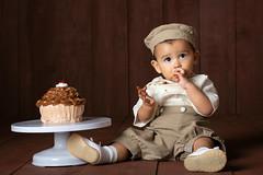 Cake Smash (lfbc) Tags: cake smash 1year baby boy wood cupcake portrait studio