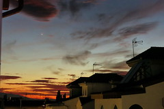 Conjunción planetaria (Micheo) Tags: spain sunset sky atardecer space magic cielo planets magia antenas planetas freehand jupiter