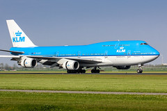 AMS - Boeing 747-406M (PH-BFF) KLM (Shooting Flight) Tags: named freetown aéropassion airport aircraft airlines aéroport aviation avions atterrissage 747 747406m photography photos passage ams amsterdam amsterdamschiphol canon natw jumbojet boeing b747 b747406m phbff