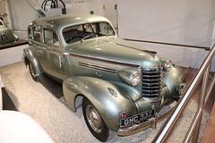 Oldsmobile L-37 Sedan GMC332 (Andrew 2.8i) Tags: museum classics classic autos auto voitures voiture cars car sparkford somerset uk haynes american sedan saloon 37 l l37 oldsmobile 1937 gmc332