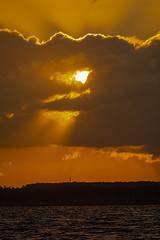 Sonnenuntergang an der Kieler Förde (ralf.st) Tags: schleswigholstein ralfstamm ostsee kielerförde sunset lieblingsplatz sonnenuntergang meer sonne abend mole 2019 wolken stein deutschland