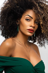 Daniella (NK-PHOTOGRAPHER) Tags: portraiture noir black blackmodel curly curls hair brown browneyes brownhair cute model french france frenchmodel