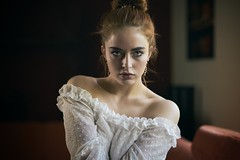 her look... (keulefm3) Tags: portrait porträt beauty sensual sinnlich sexy woman girl glamour soe