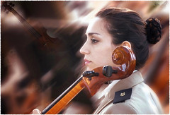 La Violonchelista (qmontesano) Tags: art arte photo photoshop música chelista lumix g