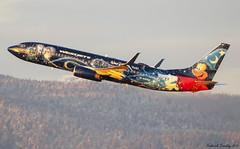 Westjet / Boeing 737-8CT / C-GWSZ / Walt Disney World Livery / YVR (tremblayfrederick98) Tags: waltdisney westjet aviation avgeek airplane avporn planesspotting planes vancouver yvr boeing 737 737800 boeing737 b737