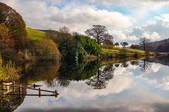 Reservoir reflections. (Darren Speak) Tags: views reflections eos natural nature derbyshire peakdistrict reservoir