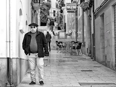 Barrio Santa Cruz (RichardK2019) Tags: olympusem1mk2 blackandwhite monochrome byn traditional alicante barriosantacruz spain street